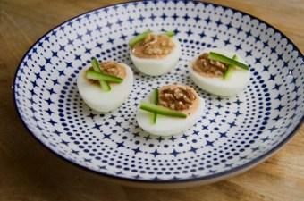 Recept gevulde eieren met hummus