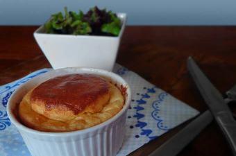 Soufflé met oude kaas