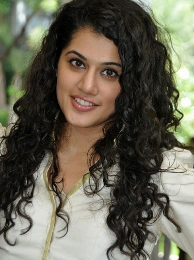 Indian Celebrities With Curly Hair CurlsandBeautyDiary - Curly hairstyle indian