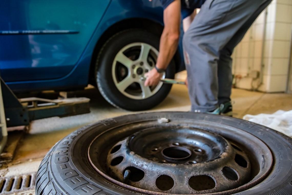 tyres, car service