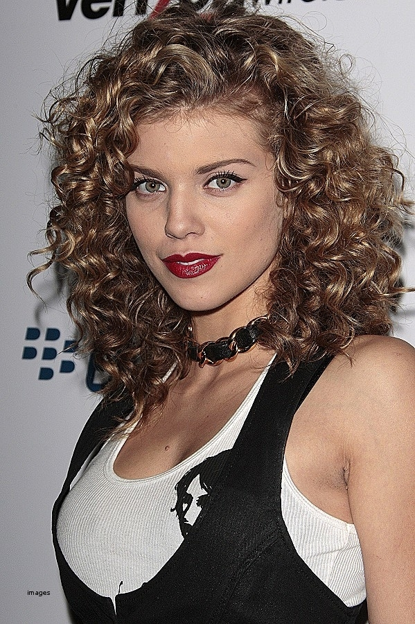 The Best Haircuts For Naturally Curly Hair 16 Jpg Best Curly