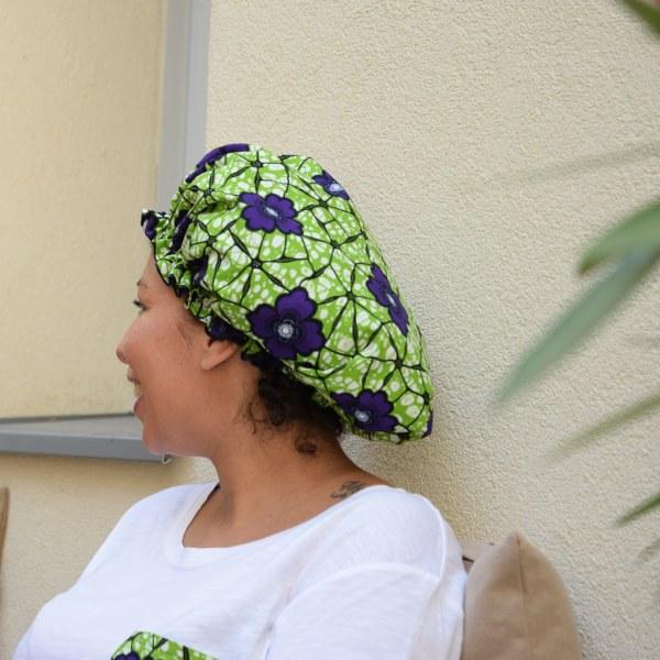 bonnet intérieur satin protecteur de boucles curly nights garden cheveux crépus profiter du balcon