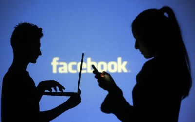 Balancing Private And Business Social Media Accounts