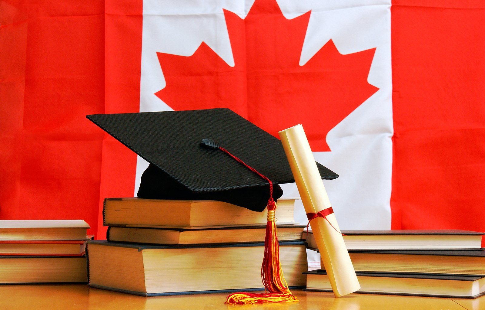 Colleges in Canada for International Students without Application Fee :  Current School News