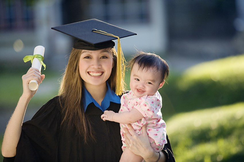 College Scholarships and Grants for Single Mothers 2021 Application