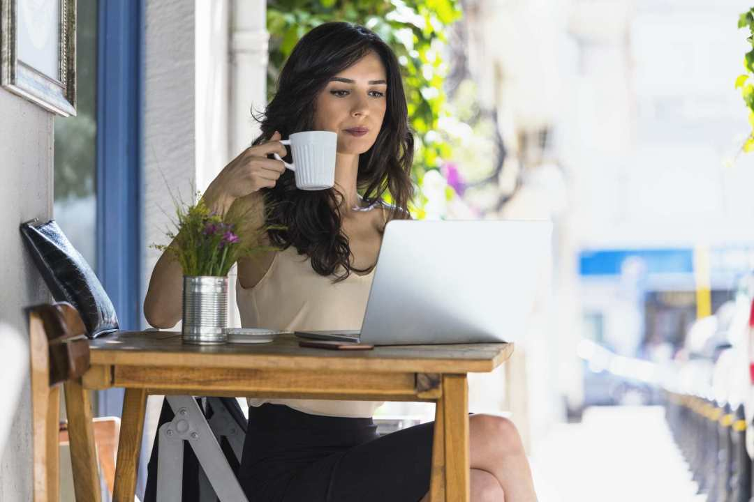 How to Find a Job in a More Smarter Way