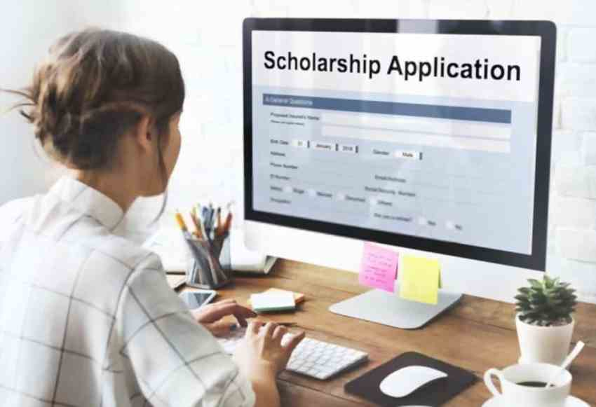 scholarship for women