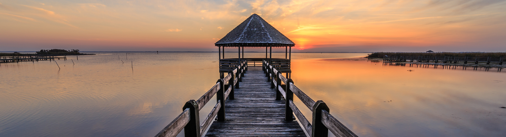 pier on currituck sound