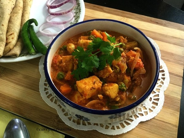 mutter-paneer-curry1