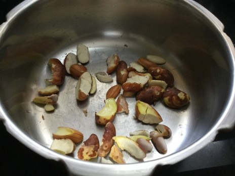 jackfruit-seed-in-cooker