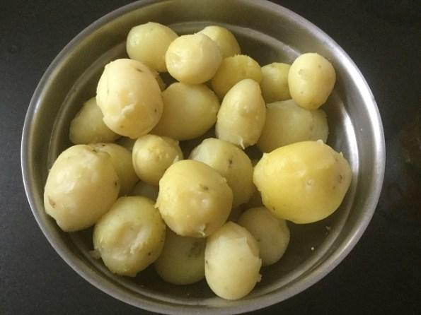 peeled-potatoes