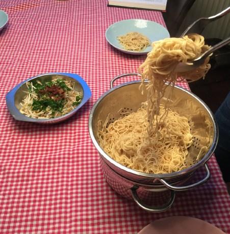 currysoep serveren