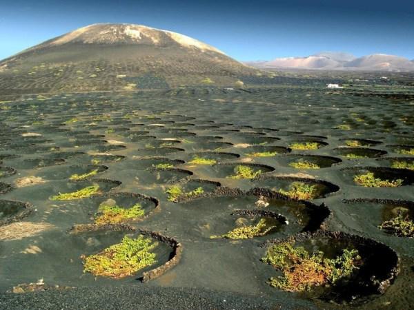 Aprovechamiento de recursos hídricos en islas y terrenos volcanicos