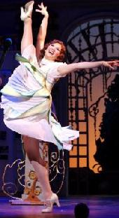 The Drowsy Chaperone a CurtainUp review