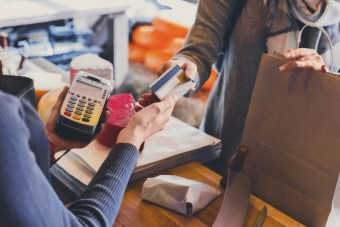 Digital Innovation: Paying for items in retail with contactless card