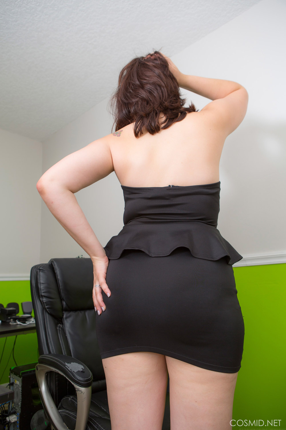 Ivana Bell Office Chair Strip for Cosmid  Curvy Erotic
