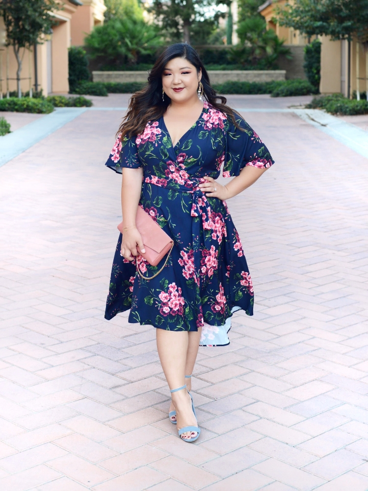 ELOQUII FLORAL WRAP DRESS - Curvy Girl Chic