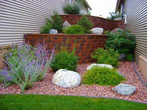 retaining walls - custom landscaping