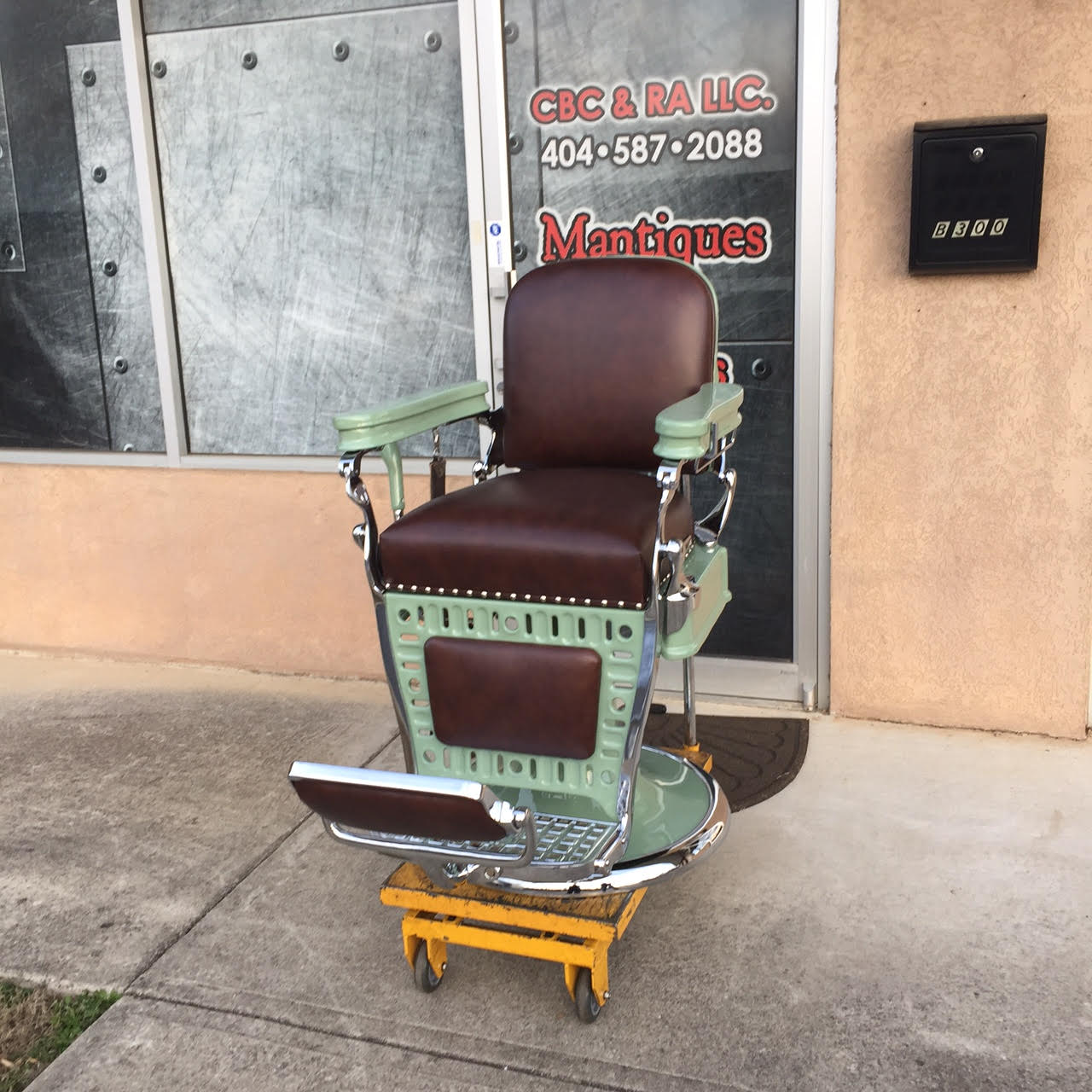 ... Emil J. Paidar barber chair ... & Project Antique Barber Chairs - Welcome to Custom Barber Chairs ...
