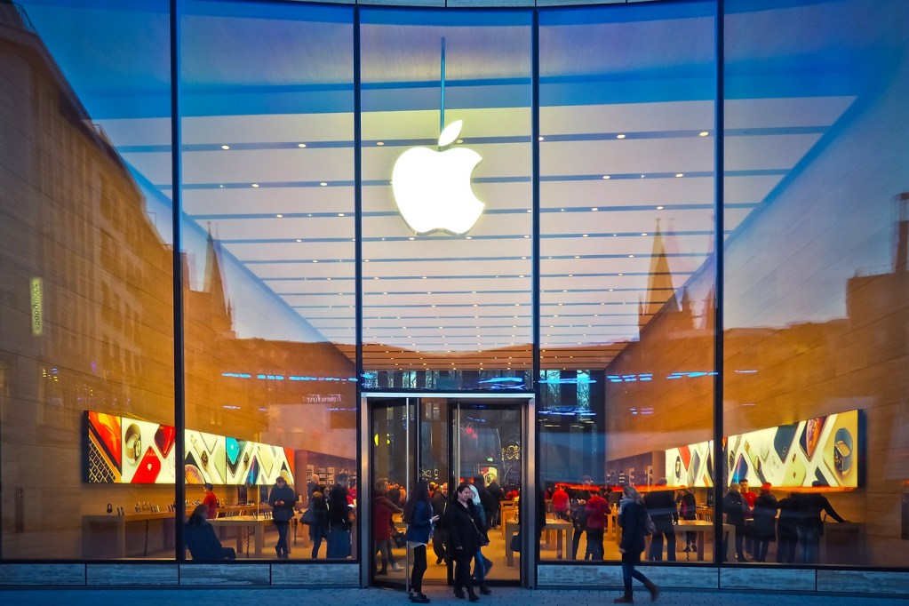 Apple stores encourages customer retention by providing exclusive in-store experiences.