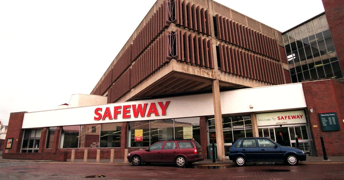 Safeway-Grosvenor-Lane.jpg