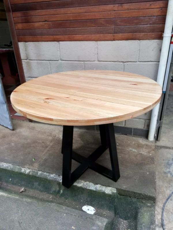 Round Cedar Table with Metal Legs