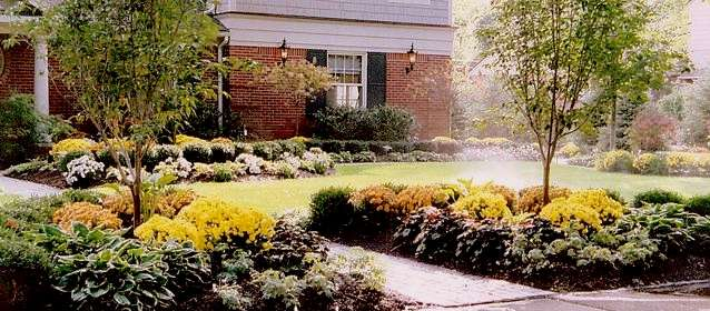 Custom Garden Designs Garden Design Ideas