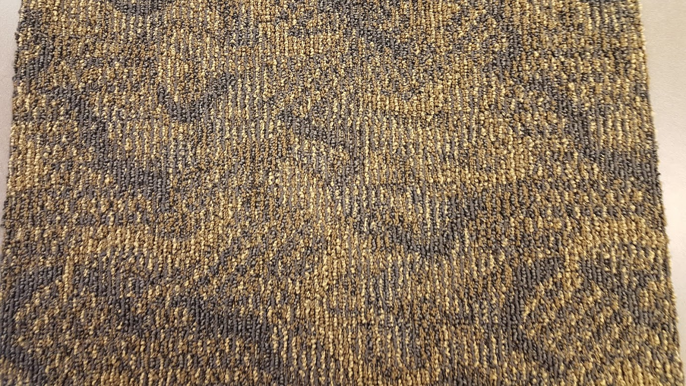 Medallion Navy Night Gold Light Bigelow Carpet Tile