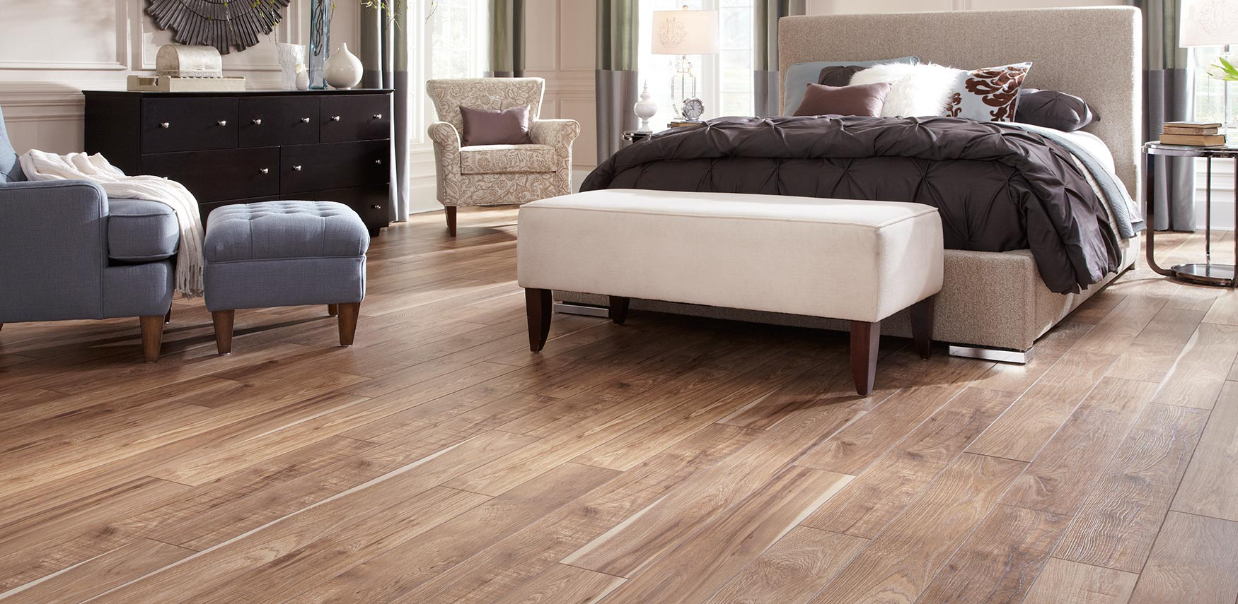 Reminiscent of old county fresh sawn lumber for added character in warmth from this Mannington Laminate.