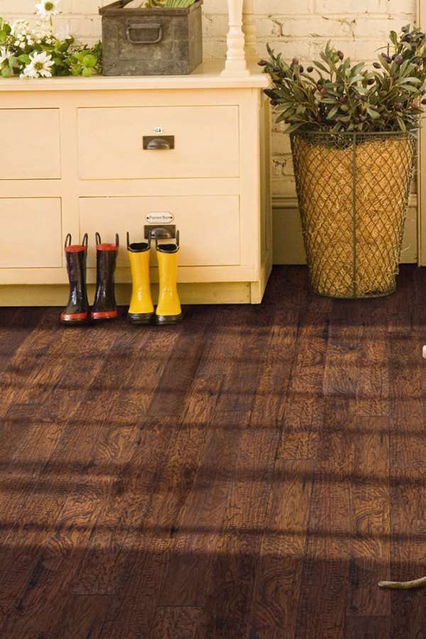 Mannington Audra Distinctive Plank Summit Hickory ALP001