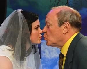rita-old-man-kiss