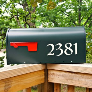 Redressed Mailbox Numbers White