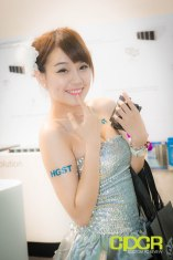 computex-2014-mega-booth-babes-gallery-custom-pc-review-10