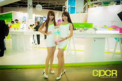 computex-2014-mega-booth-babes-gallery-custom-pc-review-102
