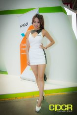computex-2014-mega-booth-babes-gallery-custom-pc-review-17