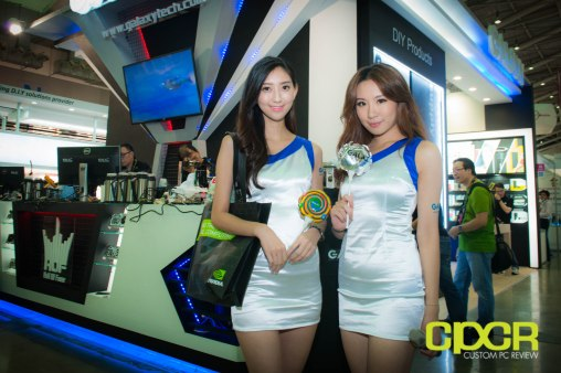 computex-2014-mega-booth-babes-gallery-custom-pc-review-38