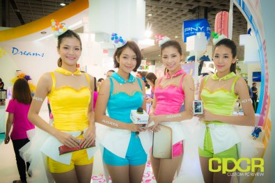 computex-2014-mega-booth-babes-gallery-custom-pc-review-48