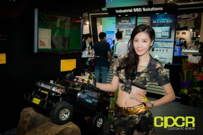 computex-2014-mega-booth-babes-gallery-custom-pc-review-64
