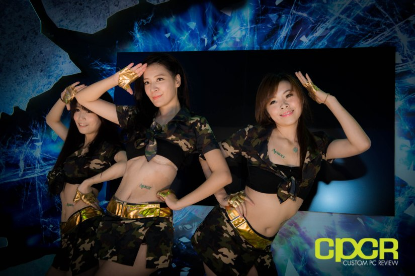 computex-2014-mega-booth-babes-gallery-custom-pc-review-66