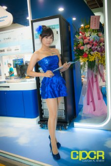 computex-2014-mega-booth-babes-gallery-custom-pc-review-7