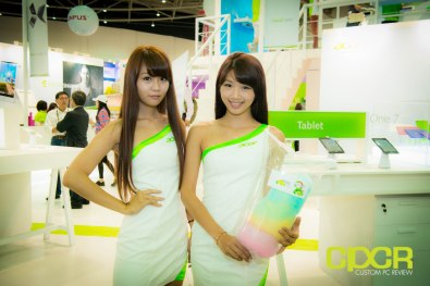 computex-2014-mega-booth-babes-gallery-custom-pc-review-98