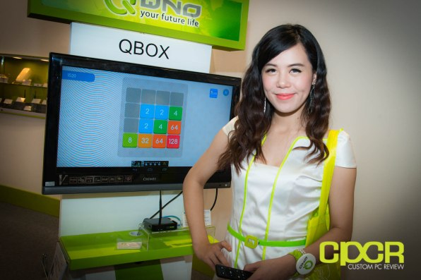 computex-2014-mega-booth-babes-gallery-custom-pc-review-99