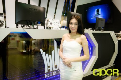 computex-2015-ultimate-booth-babe-gallery-custom-pc-review-35