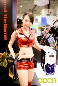 computex-2015-ultimate-booth-babe-gallery-custom-pc-review-64