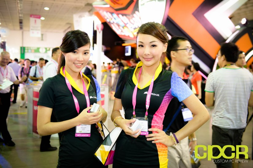 computex-2015-ultimate-booth-babe-gallery-custom-pc-review-67