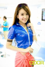 computex-2015-ultimate-booth-babe-gallery-custom-pc-review-73