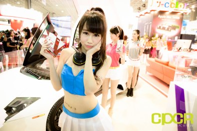 computex-2015-ultimate-booth-babe-gallery-custom-pc-review-82