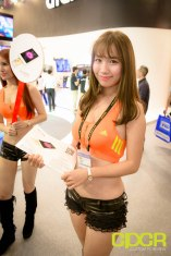 computex-2015-ultimate-booth-babe-gallery-custom-pc-review-94