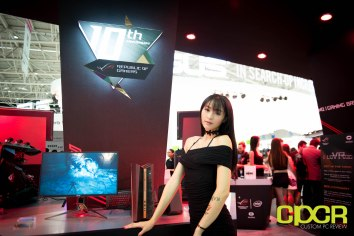 computex-2016-booth-babes-custom-pc-review-20
