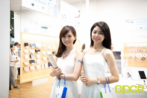 computex-2016-booth-babes-custom-pc-review-32